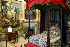 England 2016 – Burghley House – Bedroom (Michiel2005) Tags: uk greatbritain england bed bedroom unitedkingdom britain lincolnshire stamford engeland slaapkamer burghley vk burghleyhouse hemelbed grootbrittannië verenigdkoninkrijk