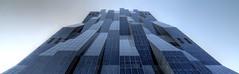 kaisermhlen 16-05-06 7915_6_7_tonemapped Kopie 2 (esuarknitram) Tags: architecture brilliance hochhaus perrault glasfassade