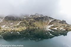 Estany Esbalat, Principat d'Andorra (kike.matas) Tags: canoneos6d kikematas canonef1635f28liiusm estanyembalat ordino andorra andorre principatdandorra pirineos paisaje montaas lago reflejos nubes agua canon lightroom4