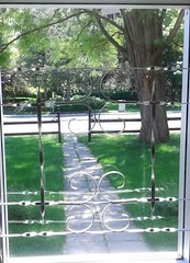 picture window (Tomitheos) Tags: window design entrance walkway greengrass