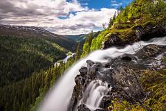 Sisselfossen (Fjllkantsbon) Tags: norge whitewater valley vatten lierne stenar nordtrndelag vattenfall sandla northtrondelag evamrtensson sisselbekken sisselfallet