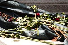 But not forgotten (S. Hemiolia) Tags: rome roma remember monumento memory 1800 heroes rosso patria memoria pincio redo risorgimento cairoli ricordo 1867 eroi omaggio