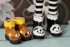 Quer saber de onde so essas botinhas?  (n a m i [  ]) Tags: bear shoes doll panda boots kawaii ~ rilakkuma dollshoes