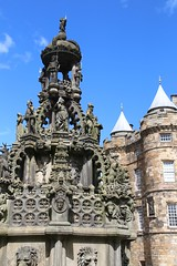 Holyrood Palace (richardr) Tags: old uk greatbritain building heritage history fountain architecture scotland edinburgh europe european unitedkingdom britain scottish palace historic holyrood british holyroodhouse europeanunion holyroodpalace