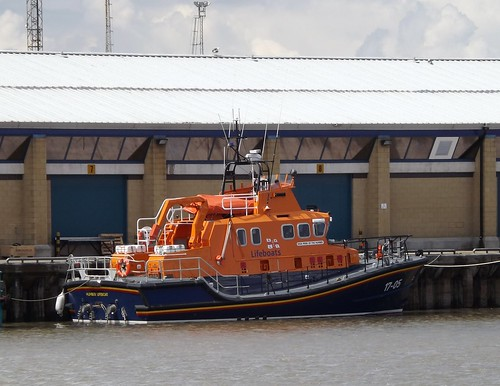 RNLB -  Pride Of The Humber  - Humber Lifeboat