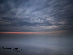 Die Ruhe vor dem Sturm (papinifoto) Tags: strand meer lee sonnenaufgang sdfrankreich langzeitbelichtung leefilters bigstopper