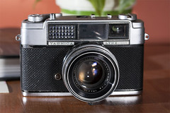 Yashica Lynx 1000 (Milly's Cameras) Tags: camera film japan 35mm yashica 1000 lynx