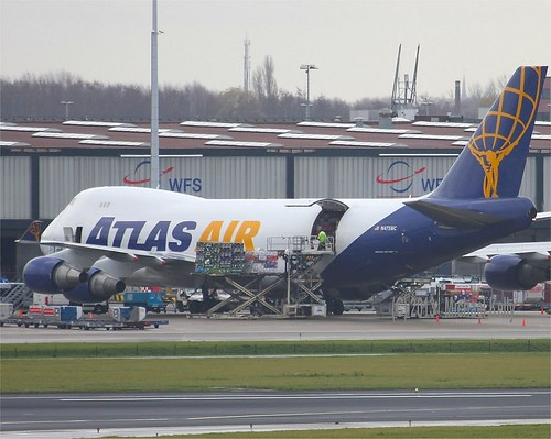 Atlas Air        Boeing 747        N475MC