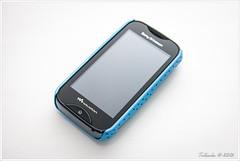 Sony Ericsson Mix Walkman - WT13i with blue Mesh Hard Case