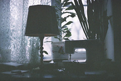 Table-lamp and sewing machine (Andrey Timofeev) Tags: light film window 35mm dark table evening twilight colours bokeh curtain grain natura things 1600 curtains fujifilm outlines sewingmachine tones canonae1program tablelamp  fujicolor    pottedflowers    35          fujifilmfujicolornatura1600  canonlensfd50mm14 december2013january2014  processbefore201406