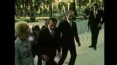 برگی از تاریخ سفر پرزیدنت نیکسون و همسرش به تهران – سال ۱۹۷۲ (Majid_Tavakoli) Tags: political prison iranian majid از و به prisoners سال تهران shahr tavakoli – evin rajai goudarzi kouhyar همسرش نیکسون پرزیدنت برگی تاریخسفر ۱۹۷۲سفر