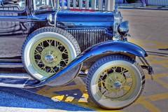 ruedas (alienganímedes) Tags: ford old antiguo málaga ruedas car coche auto andalucía época