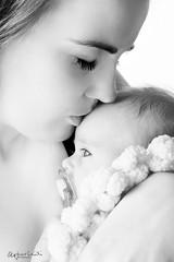 untitled-243-Edit.jpg (O.G. Ljsmyndun) Tags: family baby girl barn infant redhead fjlskylda portraid rautt stelpa hr lraguna