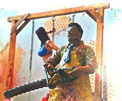 The Texas Chainsaw Massacre (RK*Pictures) Tags: classic movie toy actionfigure 1974 blood mask massacre leatherface chainsaw meat gore cult horror bloody hook diorama brutal maniac cannibals meathook cruel mcfarlane horrorfilm mcfarlanetoys humanskin moviemaniacs gunnarhansen tobehooper thetexaschainsawmassacre slasherfilm familyofcannibals