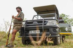 Suedafrika-26 (Lukas P Schmidt) Tags: nationalpark ranger walk krugerpark