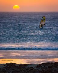 Mirando al Sur (Franci Esteban) Tags: surfing sur tarifa
