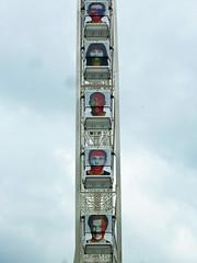 Faces in the sky, Place de la Concorde (Monceau) Tags: wheel football faces soccer placedelaconcorde granderoue