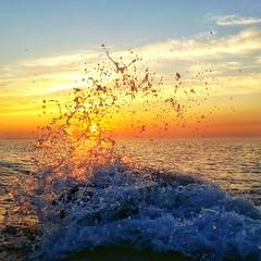 Wake Up (ossington) Tags: toronto ontario canada sunrise shore lakeshore splash