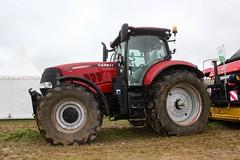 Case iH Puma 200 cvx (Philippe-03) Tags: tracteur tractors agriculture dallier allier villefranche herbe salon 03 caseih case puma