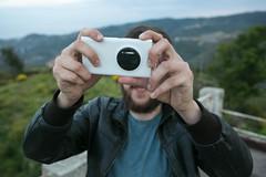 cyclop (thewhitestdogalive) Tags: fun portrait boy smartphone bokeh blur outfocused riccardobandieraphotography riccardobandieracom