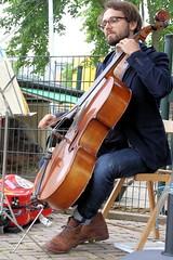 Diego Villena 7461-1_1803 (Co Broerse) Tags: music composedmusic concertvoordevarkens concertforthepigs prins bicker kinderboerderijdedierencapel dedierencapel amsterdam 2016 cobroerse diegovillena cello classicalmusic bach johannsebastianbach