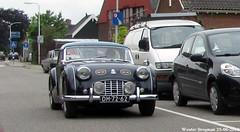 Triumph TR3 1956 (XBXG) Tags: auto old uk england holland classic hardtop netherlands car vintage automobile nederland convertible voiture triumph british 1956 cabrio paysbas engeland ancienne roadster cabriolet tr3 nieuwerbrug anglaise triumphtr3 dh7262