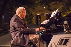 Ellis Marsalis (gamelaner) Tags: minnesota piano stpaul saintpaul quartet ellismarsalis lowertown mearspark twincitiesjazzfestival