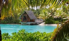 Bora Bora (vequaudfrancois) Tags: borabora tahiti polynsie chapelle intercontinentalboraboraresortthalassospa lagon