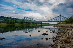das Blaue Wunder (rafischatz... www.rafischatz-photography.de) Tags: bridge reflection river germany landscape dresden pentax saxony elbe k3 blaueswunder