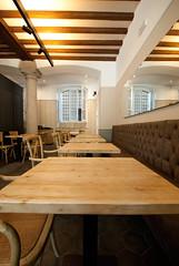 _DSC1141 (fdpdesign) Tags: arredamenti shop design shopdesign nikon d800 milano italy arrdo italia 2016 legno wood ferro sedie tavoli locali cocktails bar interni architettura