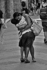 16 06 18  (115) (gino.carosella) Tags: street white black hug mother son tenderness