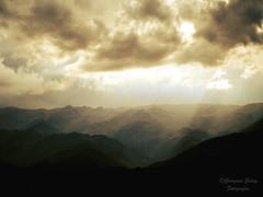 Tafi del valle (Gina Rye) Tags: sun mountains sol argentina clouds de landscape nubes dreamy sunray montaas tucuman rayos tafidelvalle rayodesol