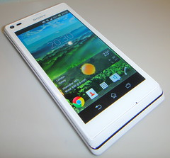 Sony Xperia L White (mattk1979) Tags: white mobile phone sony android xperial c2105