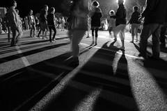 Le bal populaire (focalouest) Tags: mer france noiretblanc bretagne danse nb madison fete co t juillet nuit bal 14juillet noirblanc trebeurden