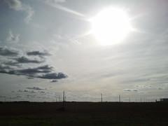 Un día más...mismo lugar (1) postes (Jota·Erre) Tags: valladolid cielo nubes torozos nubesdehoy