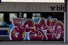 BLS Ltschbergbahn NINA RABe 525 am Bahnhof Thun im Berner Oberland im Kanton Bern in der Schweiz (chrchr_75) Tags: train de tren schweiz switzerland suisse suiza swiss eisenbahn railway zug august sua locomotive christoph svizzera bls bahn treno chemin centralstation sveits fer locomotora tog juna lokomotive lok sviss ferrovia zwitserland sveitsi spoorweg suissa locomotiva lokomotiv ferroviaria  locomotief chrigu  szwajcaria rautatie 1308   2013 zoug trainen ltschbergbahn  chrchr hurni chrchr75 chriguhurni august2013 albumblsltschbergbahn chriguhurnibluemailch albumbahnenderschweiz2013712 albumzzzz130823brnig hurni130823 albumzzz201308august