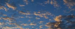 ohne Morgenrot (bratispixl) Tags: panorama germany licht oberbayern olympus schatten farben chiemgau lichtwechsel wolkenbilder traunreut stadtrundweg bratispixl belichtungsproben