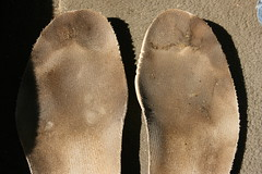 IMG_6543 (sockless_ca) Tags: sweaty barefoot adidas smelly stinky insoles footbeds