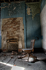 untitled (Dr_Fu_Manchu) Tags: urban chair decay kentucky louisville mansion ouerbacker johnjmiller nikond7000 explorekentuckyproject httpjohnjmillerphotographyzenfoliocom johnjmillerphotography
