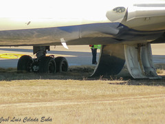 Delta's 767 incidente (joseluiscel (Aviapics)) Tags: madrid delta boeing mad emergency excursion 767 incidente lemd