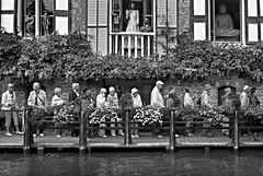 The Queue, Bruges (D.J. De La Vega) Tags: street leica river canal belgium brugge queue bruges x1