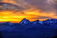 Fire and Ice (Philip Kuntz) Tags: sunset washington dusk explore tablemountain ellensburg mtstuart theenchantments