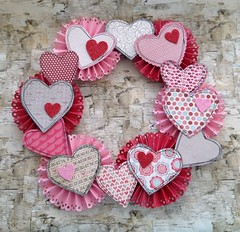 Valentine's Day Crafts (Quilted Cupcake) Tags: banner craft garland valentinesday tutoiral 2014hearts