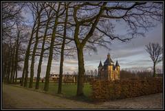 Kasteel Heemstede (Ciao Anita!) Tags: friends castle netherlands utrecht dusk nederland heemstede hm castello olanda jol houten kasteel schemering crepuscolo theperfectphotographer