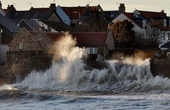Waves (robert55012) Tags: scotland waves fife east forth anstruther firth neuk