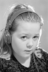 Devon (Trevor King 66) Tags: girl nikon child kitlens devon headphones backlit d3100