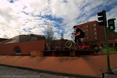 BMX 3 Cantos (artrojaco) Tags: madrid winter 3 cold canon eos bmx day samsung casio 7d cantos