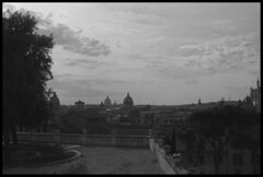 Nubes sobre Roma (CURZU@) Tags: blackandwhite bw italy white black rome roma canon eos monocromo italia romano lazio imperio 50d eos50d