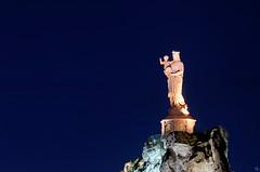 Notre-Dame de France (pigosse) Tags: france statue marie notredame nuit heure bleue vierge enfantjsus