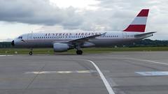 OE-LBP (Breitling Jet Team) Tags: basel retro flughafen airlines bsl austrian mlh euroairport oelbp